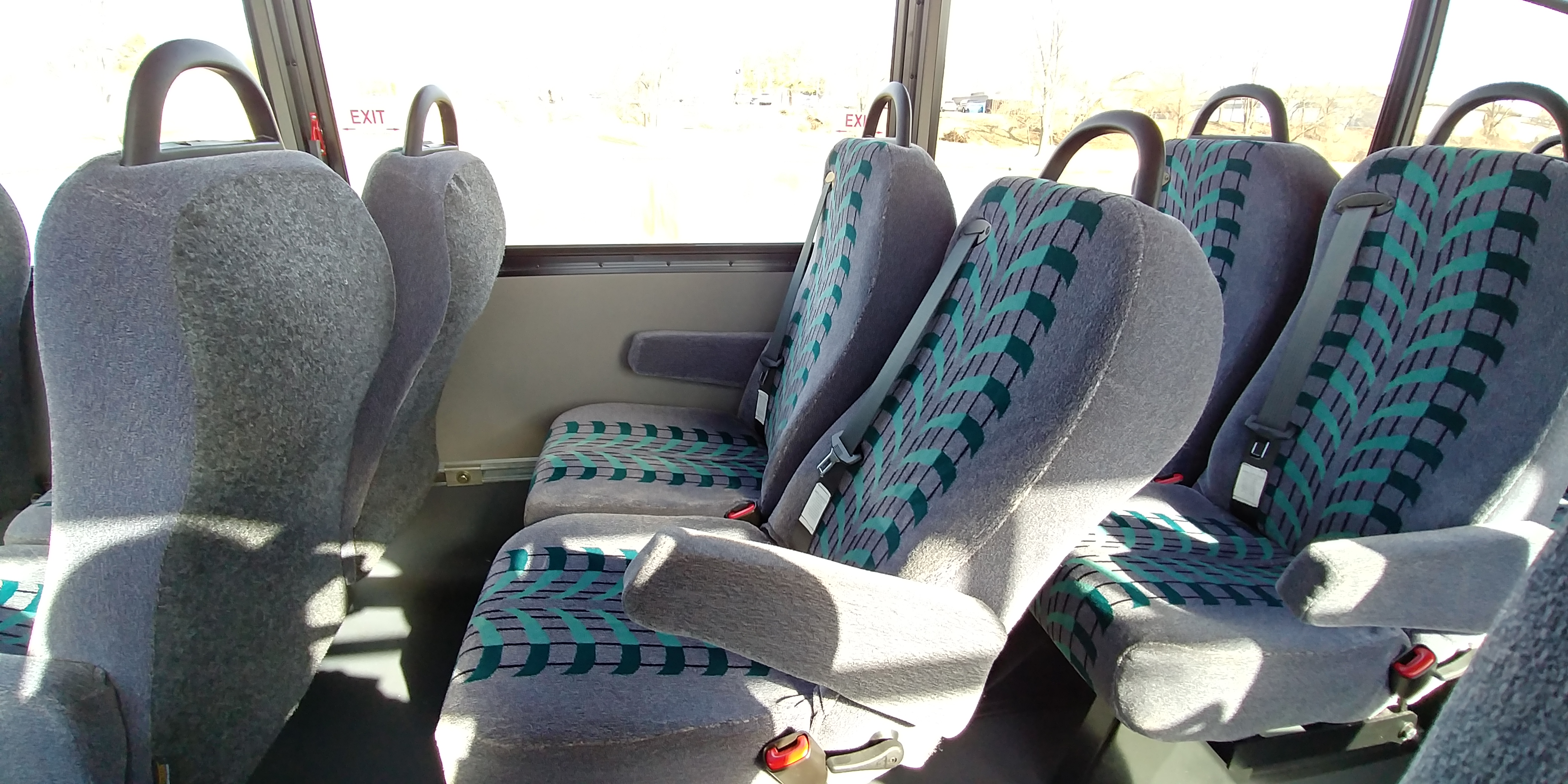 24 Passenger Executive Shuttle Bus Reclined Seat