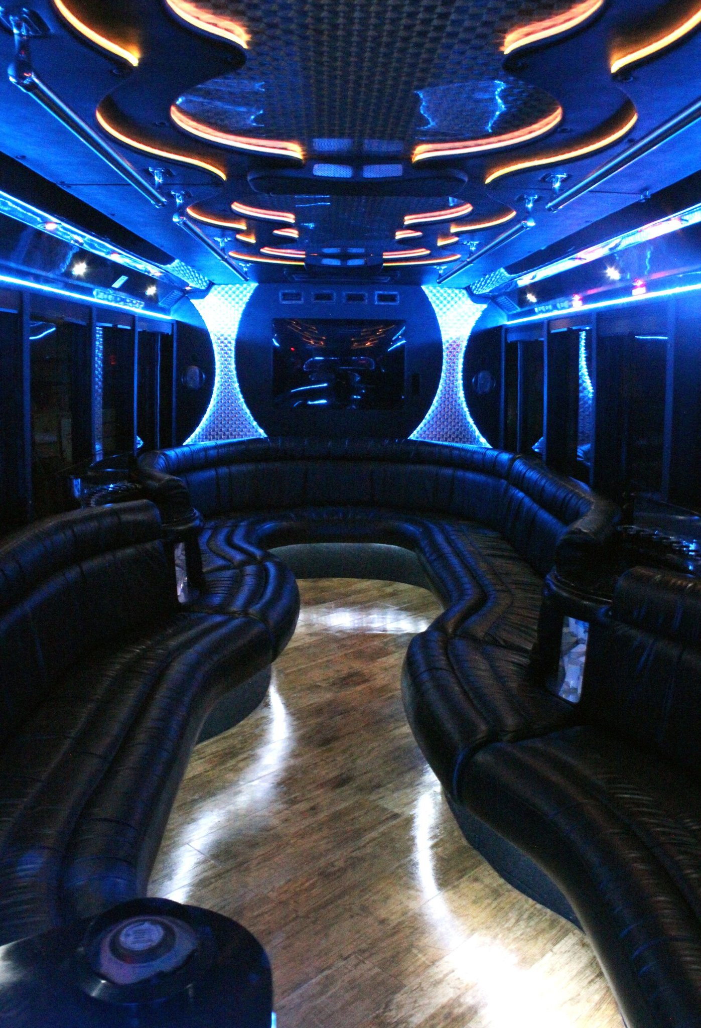 26-2 Passenger Luxury Limo Bus Interior 2