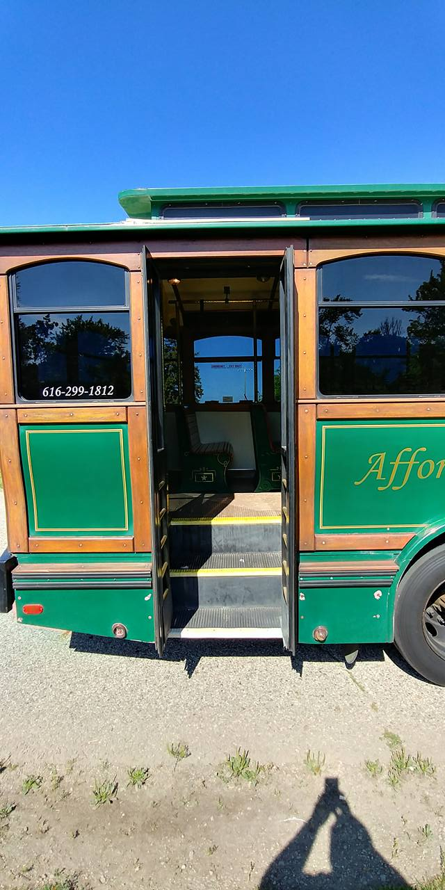 25 Passenger Trolley (#27) Rear Entrance
