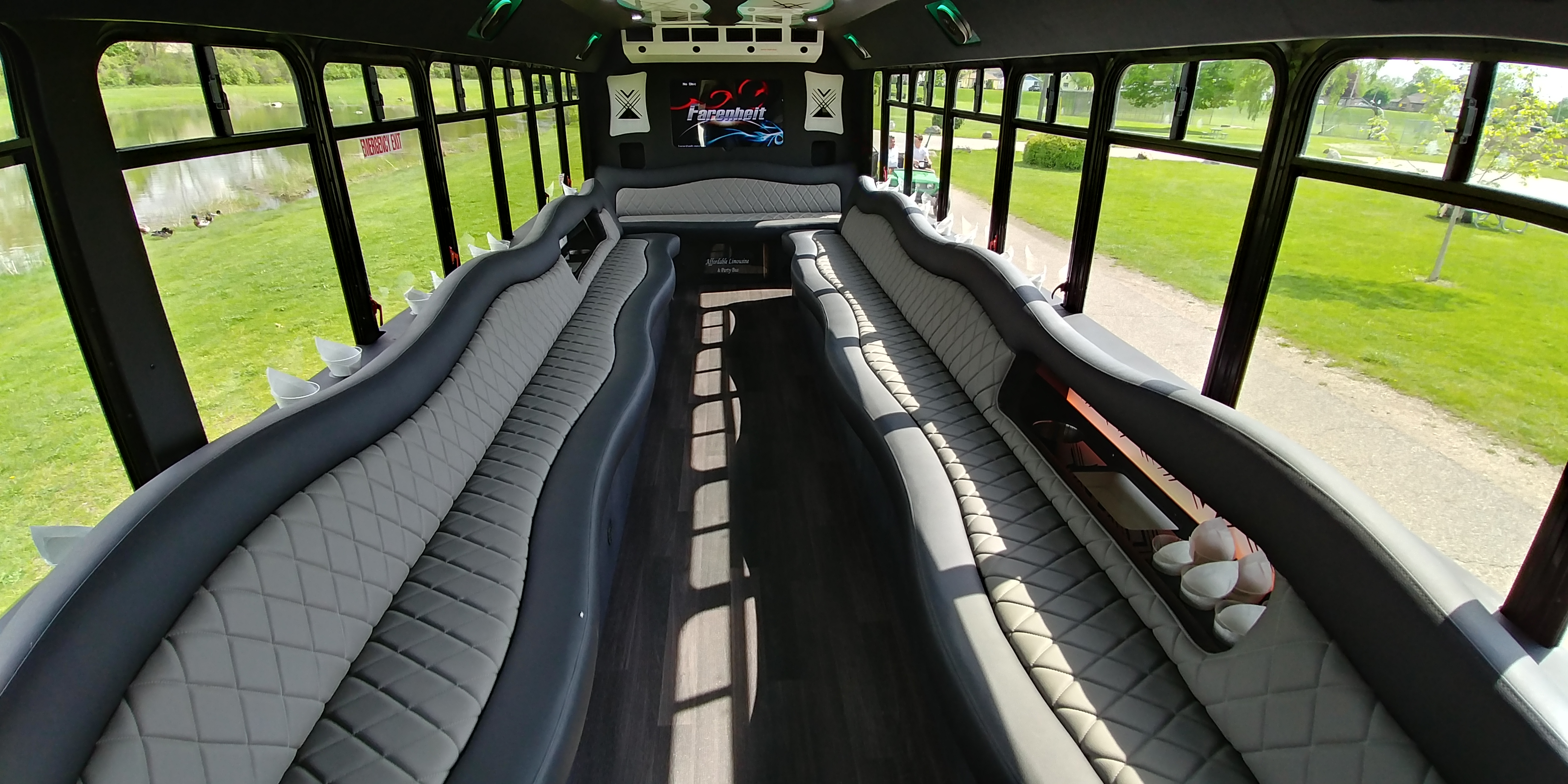 28 Passenger Luxury Limo Bus Interior 2
