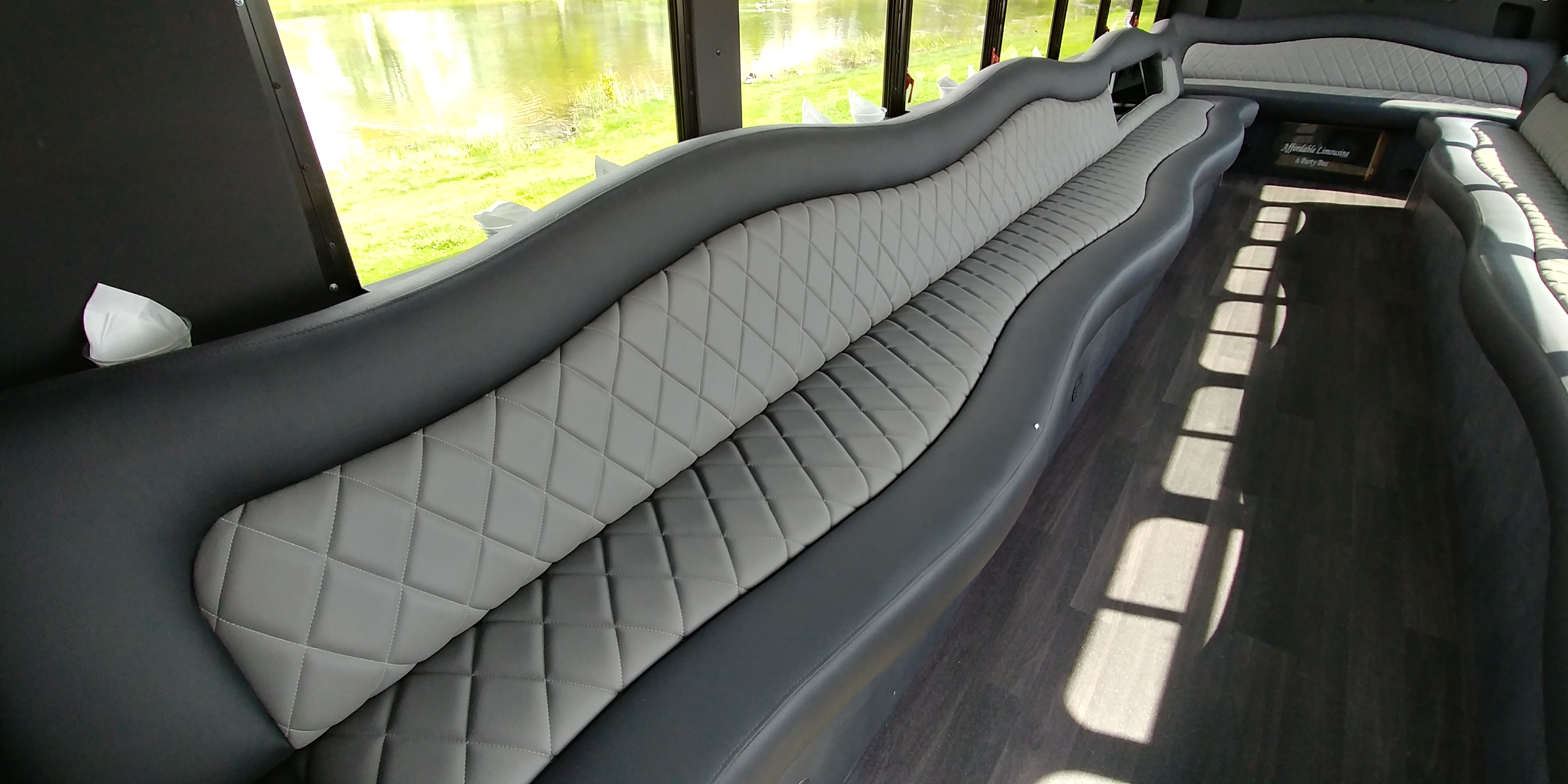 28 Passenger Luxury Limo Bus Interior 4