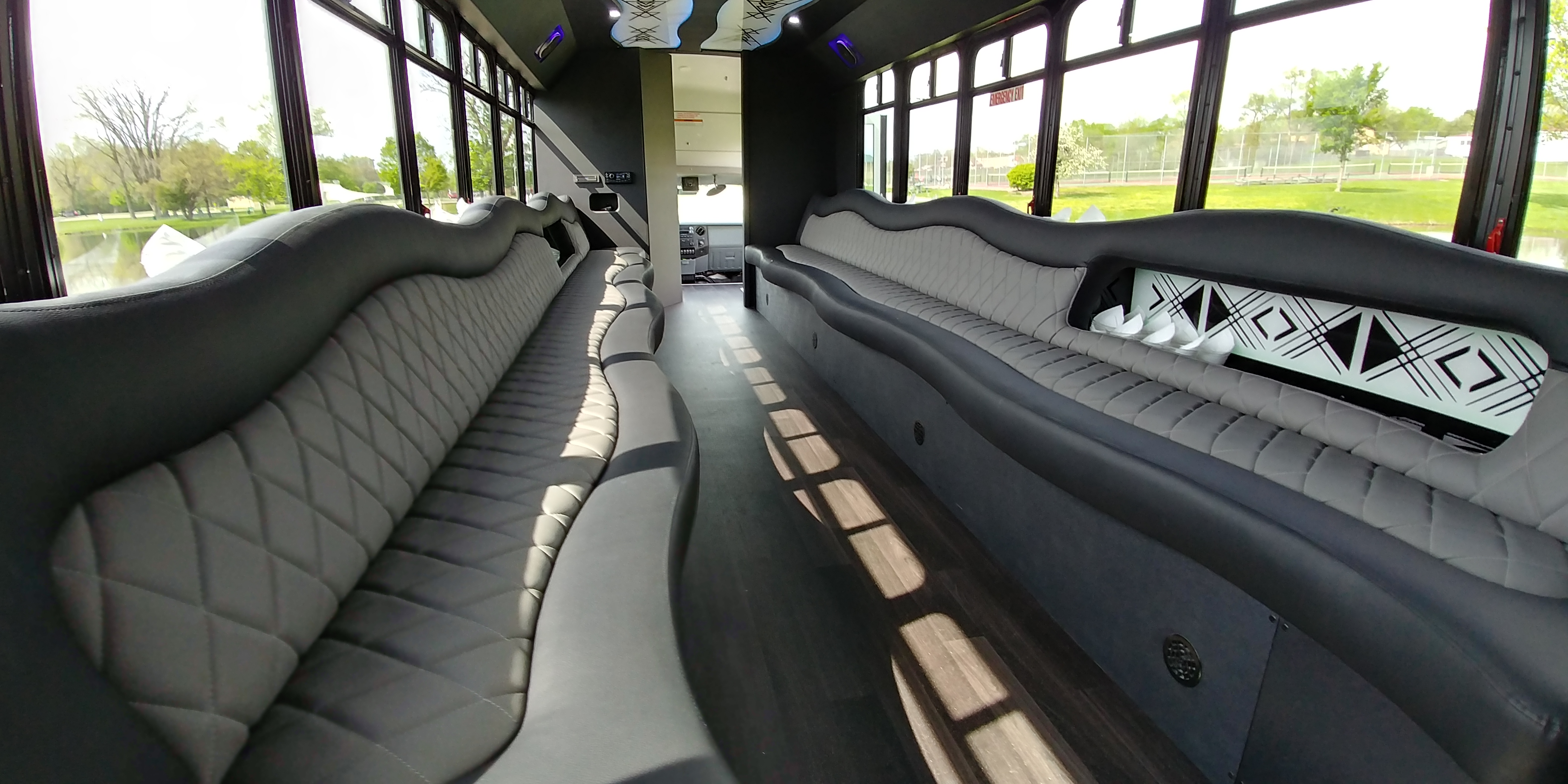 28 Passenger Luxury Limo Bus Interior 9