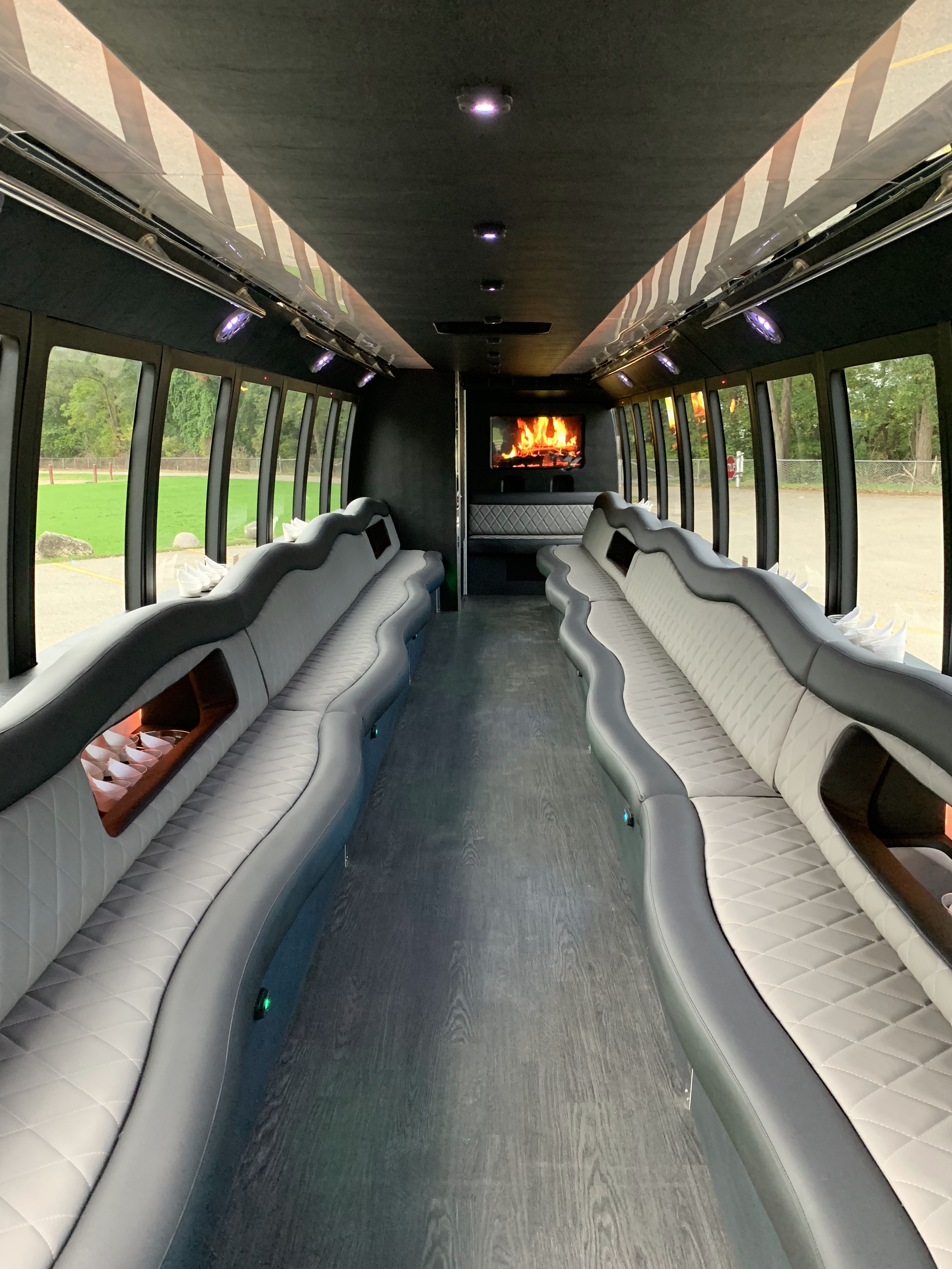 45 Passenger Luxury Limo Coach Full Interior